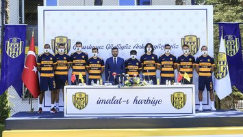 Ankaragücü'nde 9 imza birden!