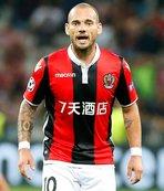 Wesley Sneijder'e flaş çağrı!