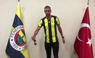 Fenerbahçe Islam Slimani transferini açıkladı
