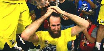 Antic, Datome'nin saçlarını kesti
