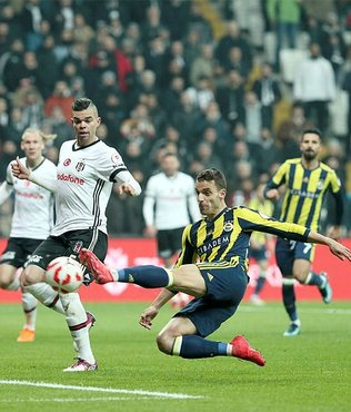 Derbide gol atan son yerli oyuncular Olcay Şahan ve Volkan Şen