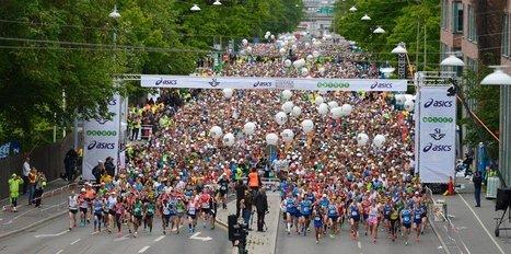 Stockholm Maratonu 30 derece sıcakta koşuldu