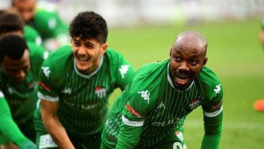 Bursaspor'da goller paylaşılıyor
