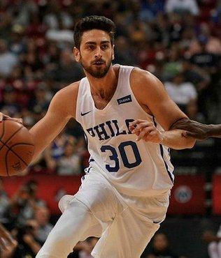 Furkan Korkmaz NBA'de maçın adamı seçildi