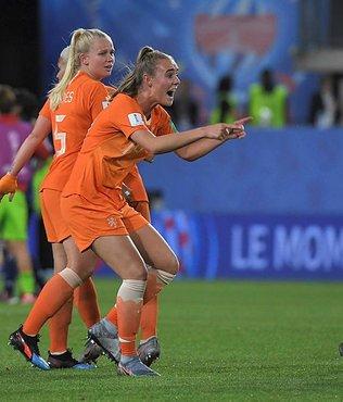 İtalya'nın rakibi Hollanda oldu