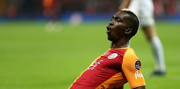 Galatasaraylı Onyekuru'dan transfer açıklaması