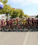 Yozgat'ta yüzlerce sporcu Türkiye Şampiyonası'nda pedal çevirdi