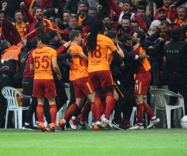 Galatasaray, Barcelona'yı solladı