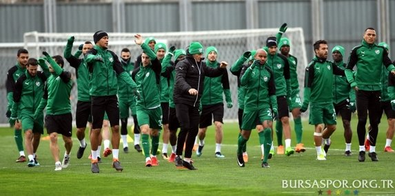 Bursaspor Malatyaspor'a hazırlanıyor.