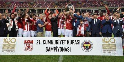 Sivasspor 2-1 Fenerbahçe   MAÇ SONUCU (ÖZET)