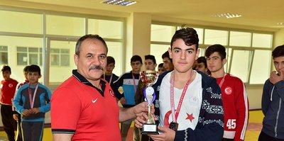Osmaniye'de güreş şampiyonası