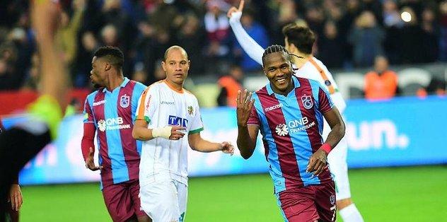 Trabzonspor'da Rodallega: 'Gençliğimi yaşayamadım'