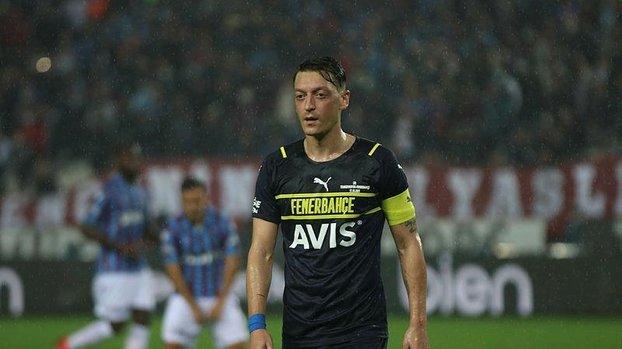 Hakkı Yalçın'dan Mesut Özil için olay sözler!