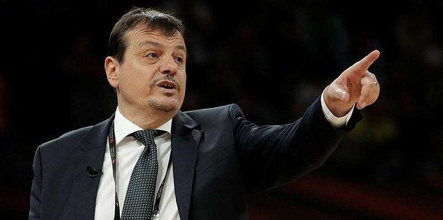 Ergin Ataman A Spor'a konuştu: Toplum olarak bir sınav veriyoruz