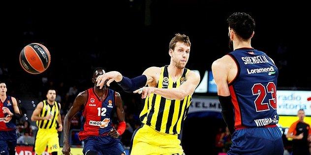 Fenerbahçe, Baskonia'yı devirdi: 72-74