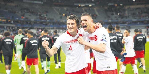 Leicester Türk gücü - Almanya Bundesliga -