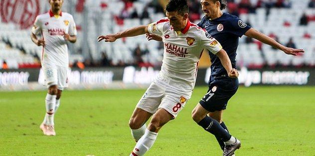 Göztepe Sivasspor'a konuk olacak
