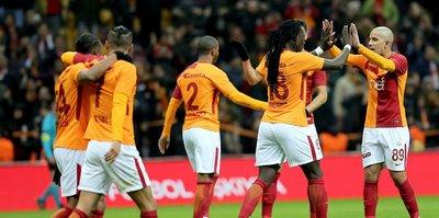 Galatasaray, maç fazlasıyla liderliğe yükseldi