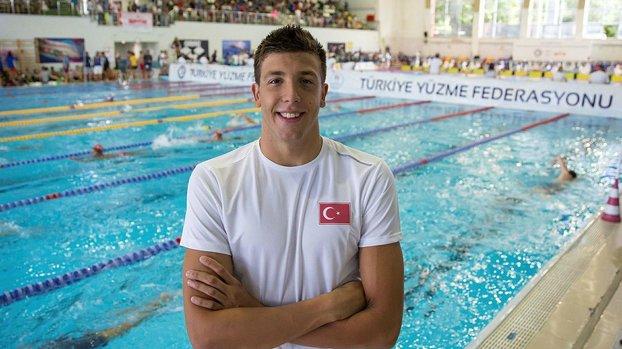 Emre Sakçı: İzmir için yüzdüm #