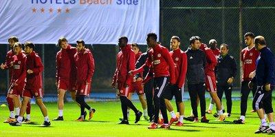 Sivasspor, Antalya kampını tamamladı