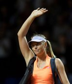 Sharapova, yarı finalde elendi