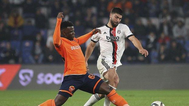 VAR'dan izledi beyaz noktayı gösterdi! İşte Beşiktaş'ın penaltı kazandığı pozisyon