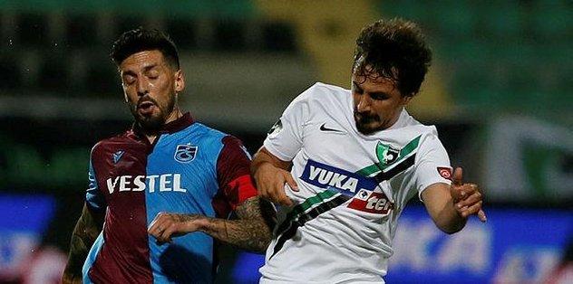Trabzonspor'da sarı kart gören Sosa cezalı duruma düştü - Futbol -