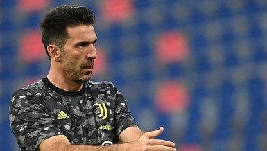 Son dakika transfer haberi: Parma Gianluigi Buffon'u kadrosuna kattığını duyurdu