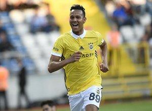 Wolverhampton, Josef de Souza için servet teklif etti