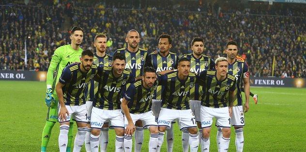 Fenerbahçe'de indirimi kabul eden ilk isim Dirar oldu