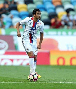 Beşiktaş'tan Rafael Da Silva çıkarması