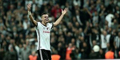 Beşiktaş Pepe'yi bakın kimin elinden kapmış!