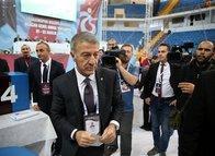 Trabzonspor Genel Kurulu'nda oy verme işlemi başladı