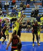 Fenerbahçe seride 1-0 geriye düştü