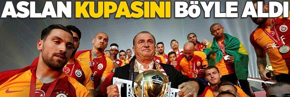 Şampiyon Galatasaray kupasını böyle aldı!