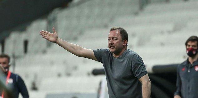 Beşiktaş kaleci transferinde gündemine Silviu Lung'u aldı