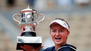 Fransa Açık kadınlarda şampiyon Barbora Krejcikova!