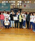 Salon hokeyi erkeklerde Gaziantep Polisgücü'nün şampiyonluğu