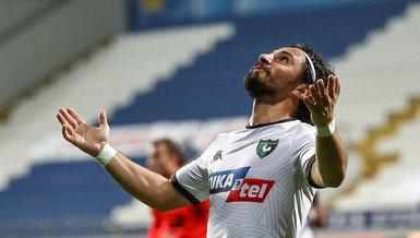 Son dakika spor haberi: Recep Niyaz Denizlispor'dan ayrıldı