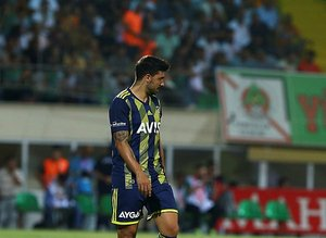 Fenerbahçe'de Ozan Tufan depremi! Teklifi reddetti sezon sonunda...