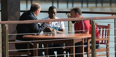 Trabzonspor Başkanı Usta, Castillo ile özel görüştü