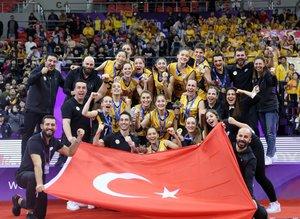 VakıfBank FIVB Kulüpler Dünya Şampiyonu oldu