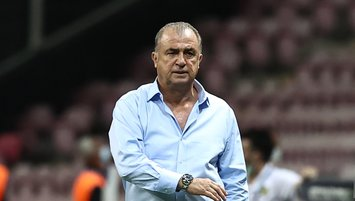 Galatasaray'da yönetimden Fatih Terim'e şok sözler!