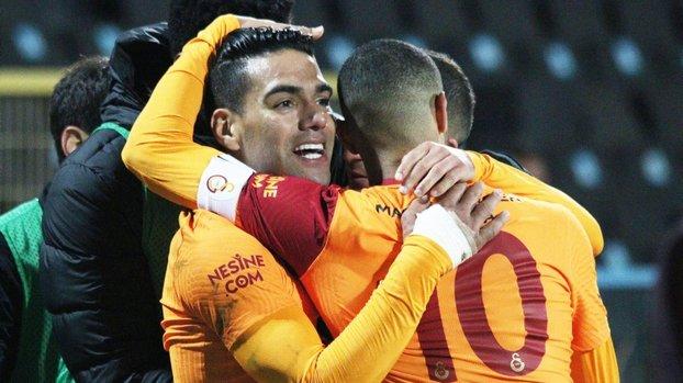 Galatasaray'da Falcao bombası patlıyor! Sıraya girdiler #