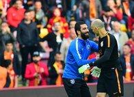 Galatasaray cephesinden Cüneyt Çakır açıklaması!