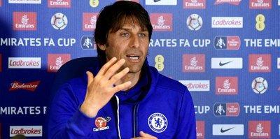 Conte, Chelsea'yi bırakmıyor