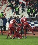 Sivasspor 4 maç aradan sonra 3 puanla tanıştı