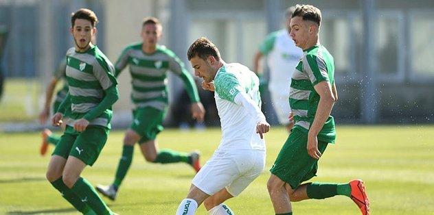 Bursaspor, U21 takımıyla yenişemedi: 2-2