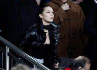 Dev maçta Bella Hadid rüzgarı