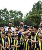 Fenerbahçe idmanı neşelendi
